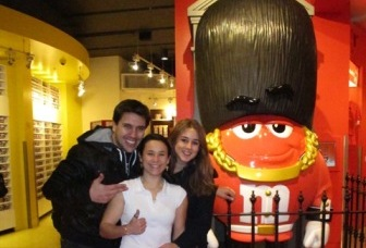 m&m_world